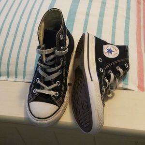 Converse high top black size 1 youth